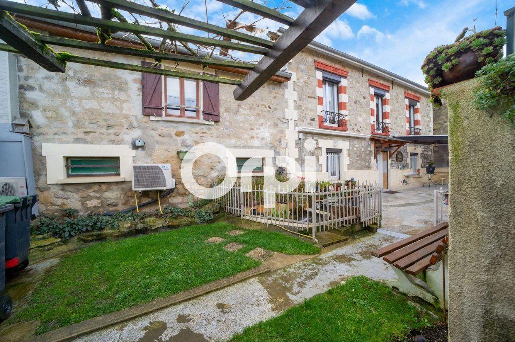 Maison à vendre 10 295m2 à Beugneux vignette-10