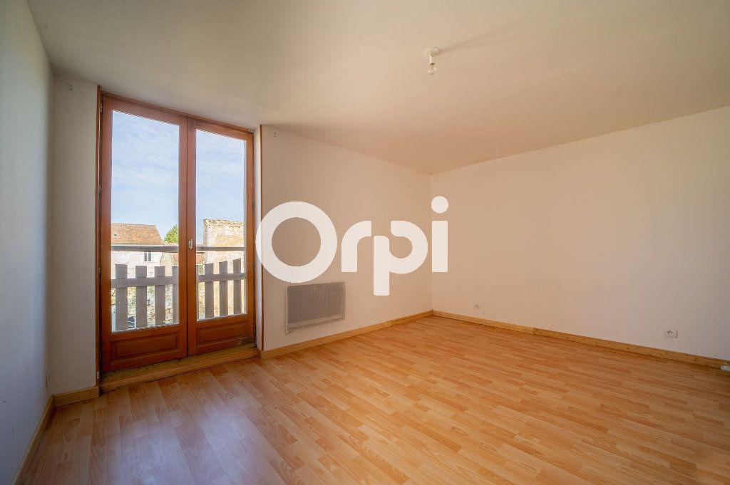 Maison à vendre 4 104m2 à Largny-sur-Automne vignette-5