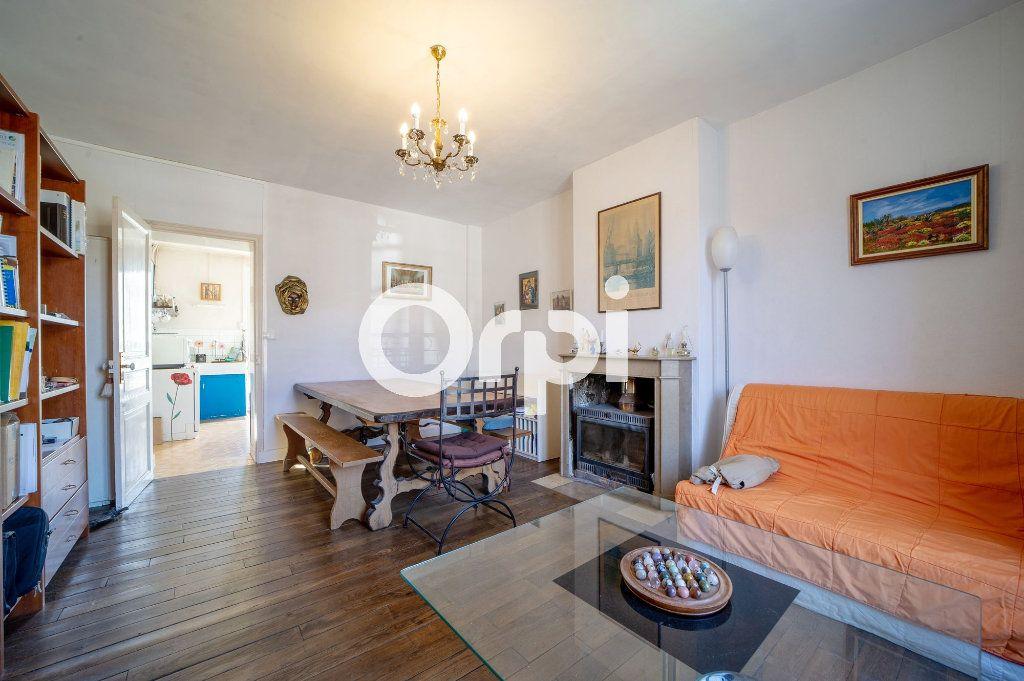 Maison à vendre 4 108m2 à Faverolles vignette-5