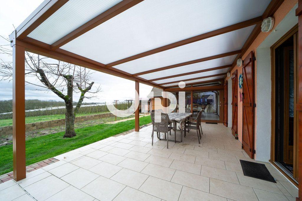 Maison à vendre 7 198m2 à Faverolles vignette-1