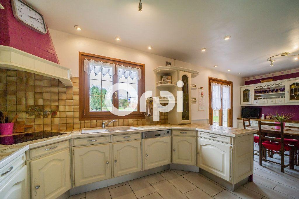 Maison à vendre 7 198m2 à Faverolles vignette-4