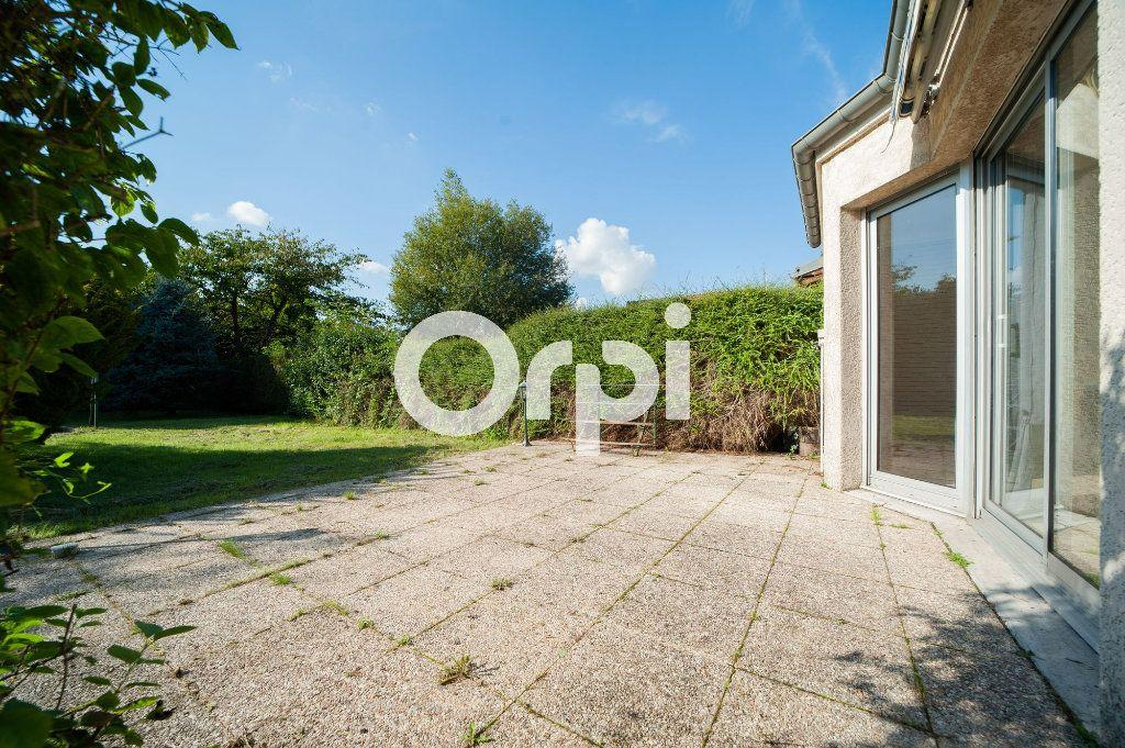 Maison à vendre 5 106m2 à Soissons vignette-1