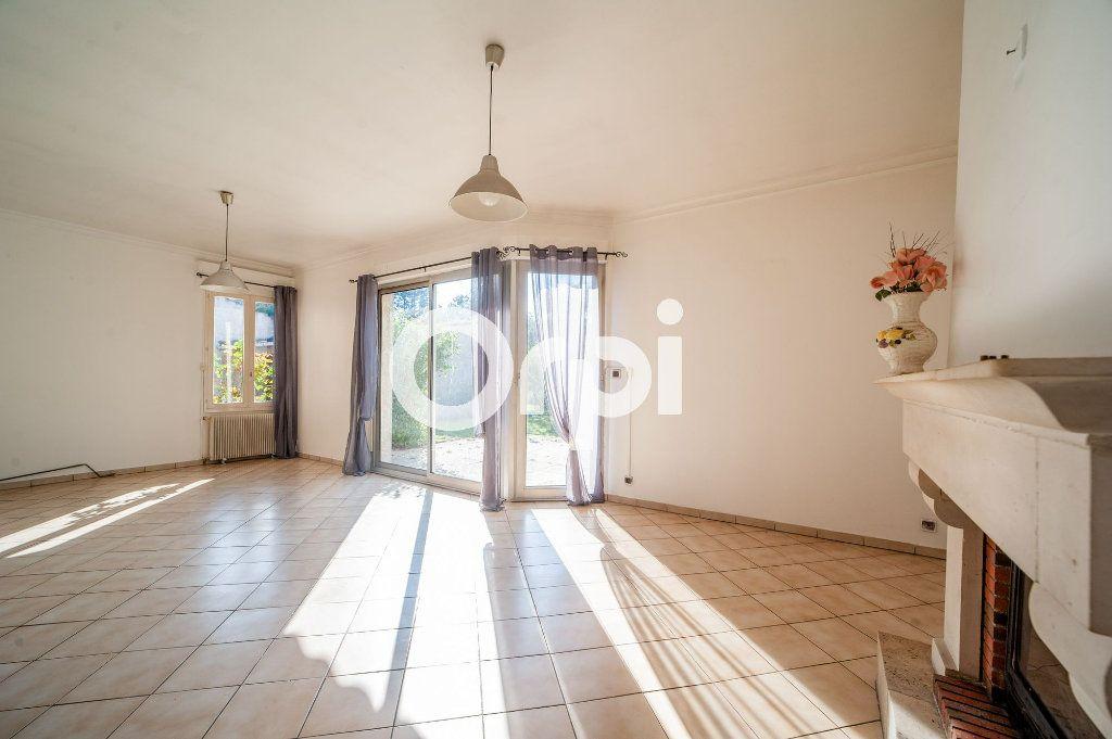 Maison à vendre 5 106m2 à Soissons vignette-3