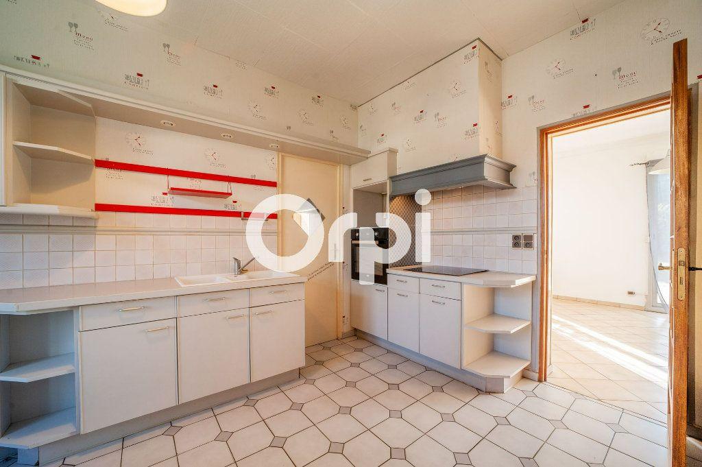 Maison à vendre 5 106m2 à Soissons vignette-5
