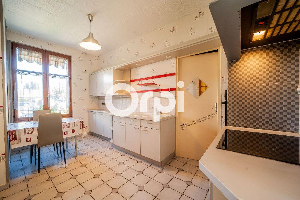 Maison à vendre 5 106m2 à Soissons vignette-6