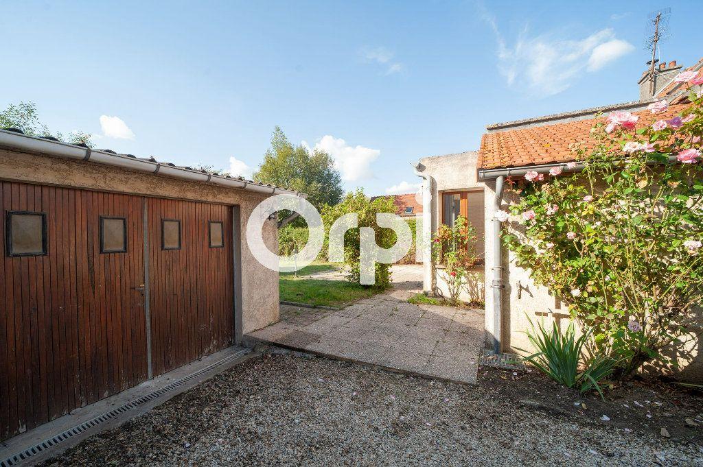 Maison à vendre 5 106m2 à Soissons vignette-11