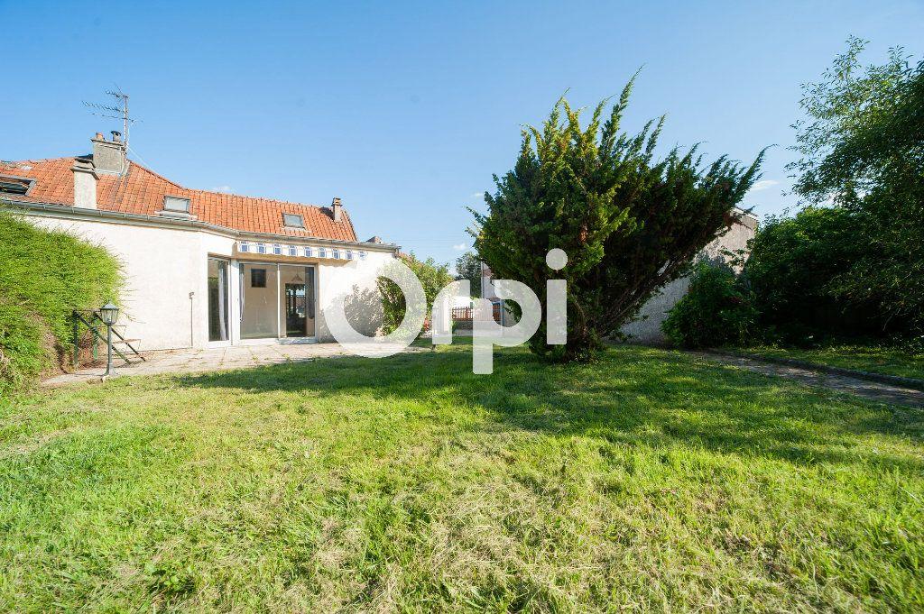 Maison à vendre 5 106m2 à Soissons vignette-12