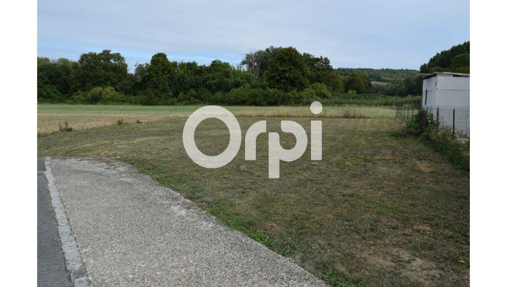 Terrain à vendre 0 568m2 à Presles-et-Boves vignette-1