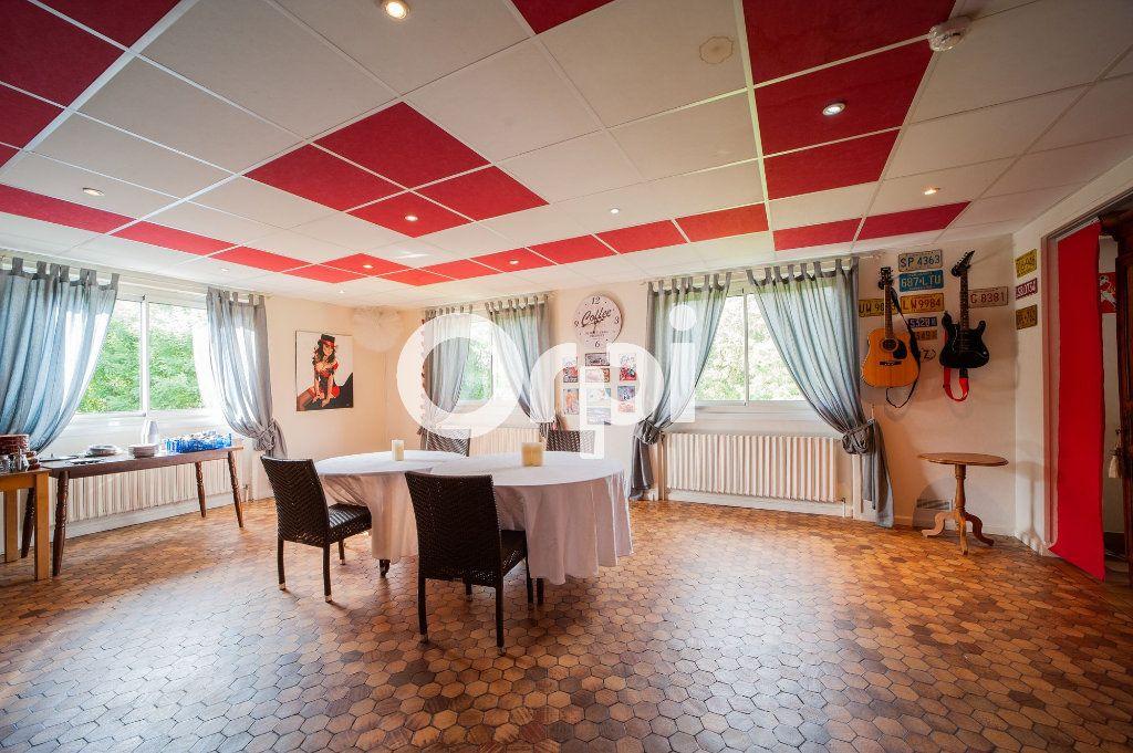 Maison à vendre 10 360m2 à Soissons vignette-8