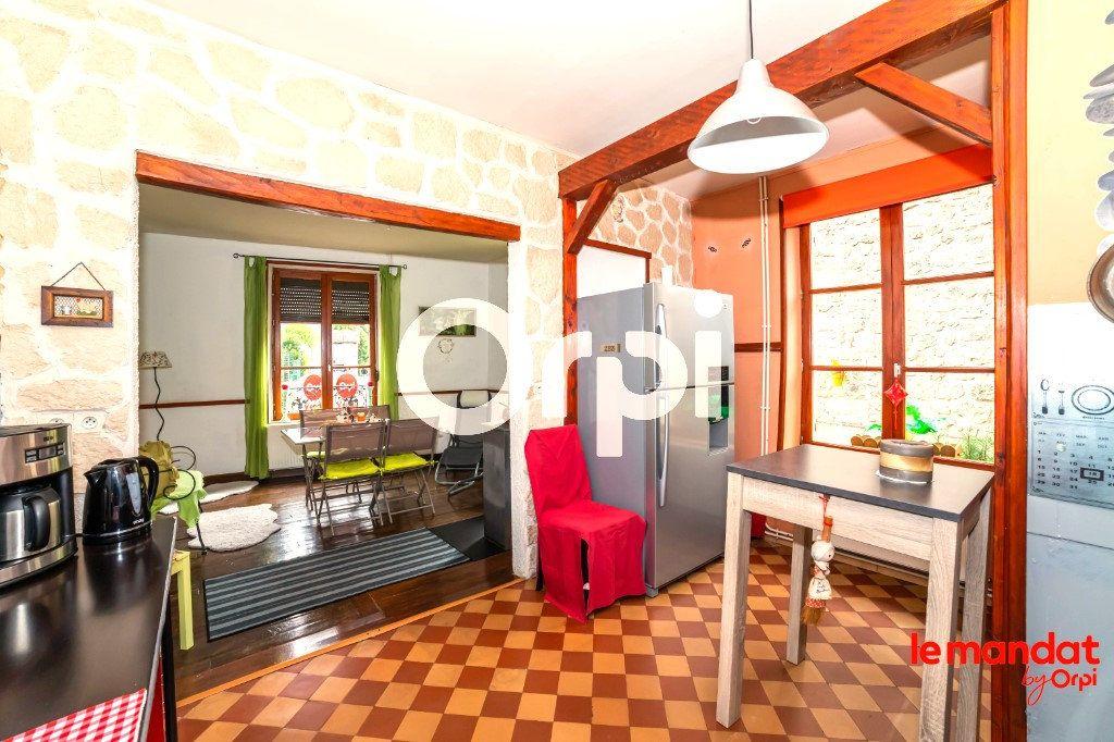 Maison à vendre 4 105m2 à Chavignon vignette-4