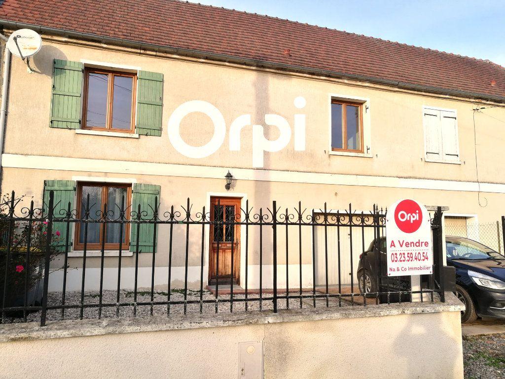 Maison à vendre 5 86m2 à Mareuil-en-Dôle vignette-9