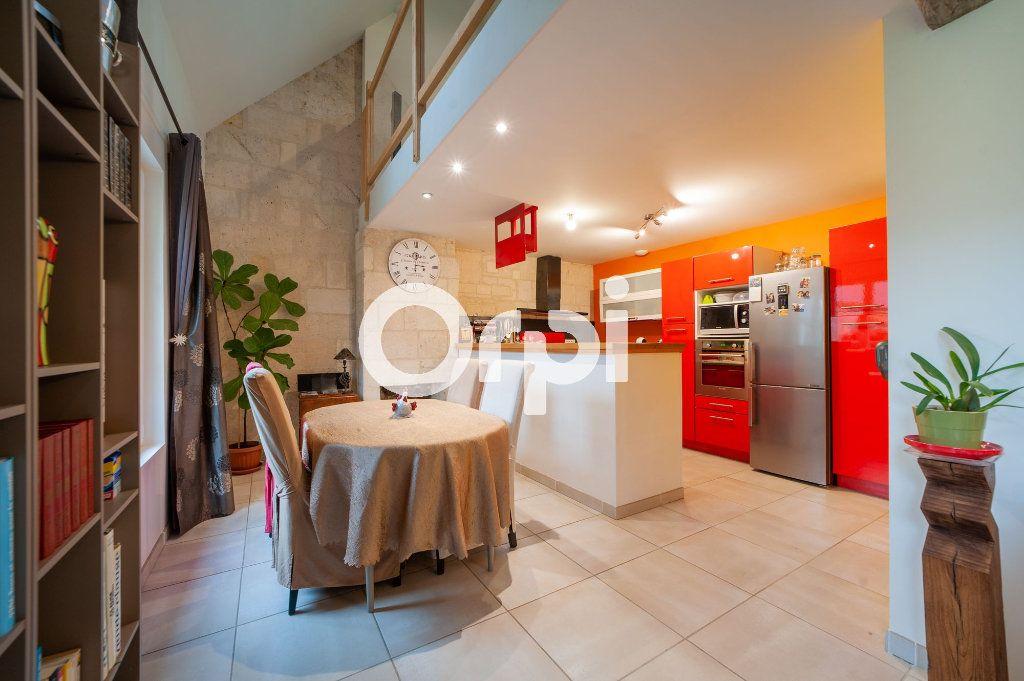 Maison à vendre 5 120m2 à Vézaponin vignette-3