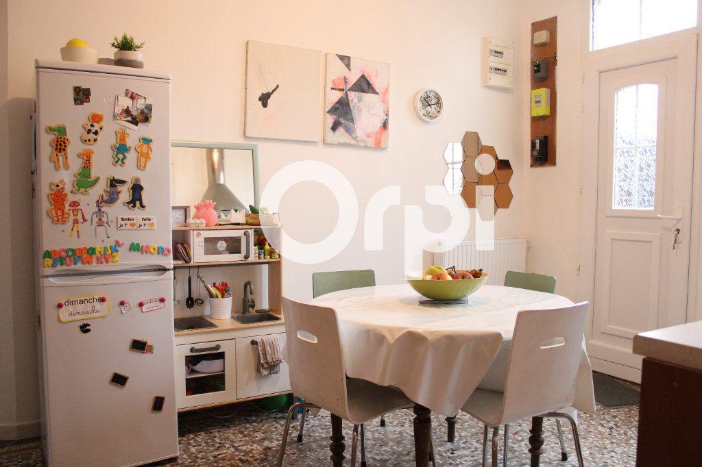 Appartement à vendre 3 70m2 à Soissons vignette-2