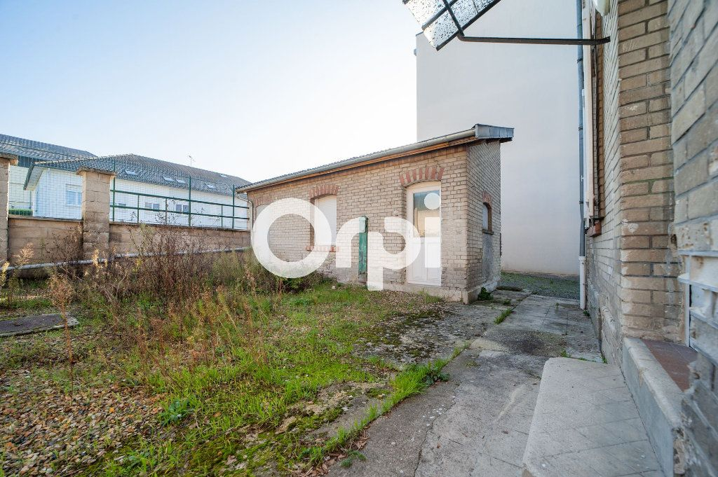 Maison à vendre 6 120m2 à Soissons vignette-6
