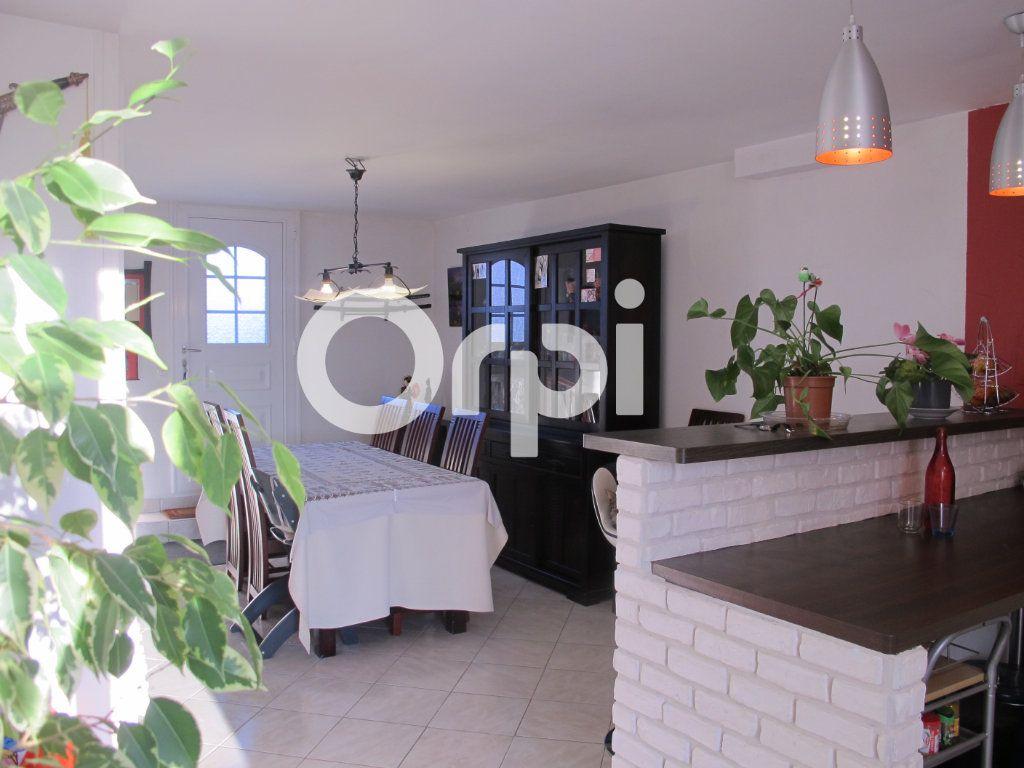 Maison à vendre 5 100m2 à Villers-Cotterêts vignette-4