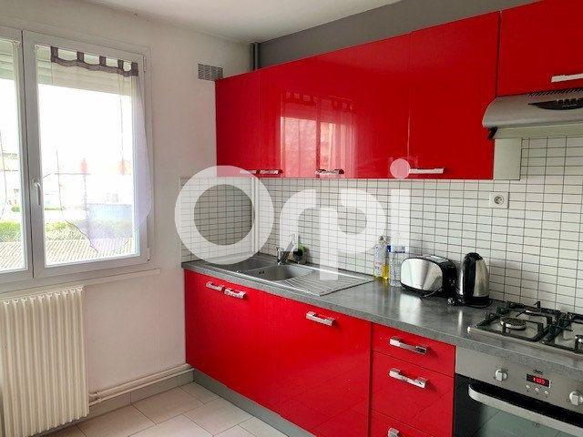 Appartement à louer 2 50m2 à Soissons vignette-1