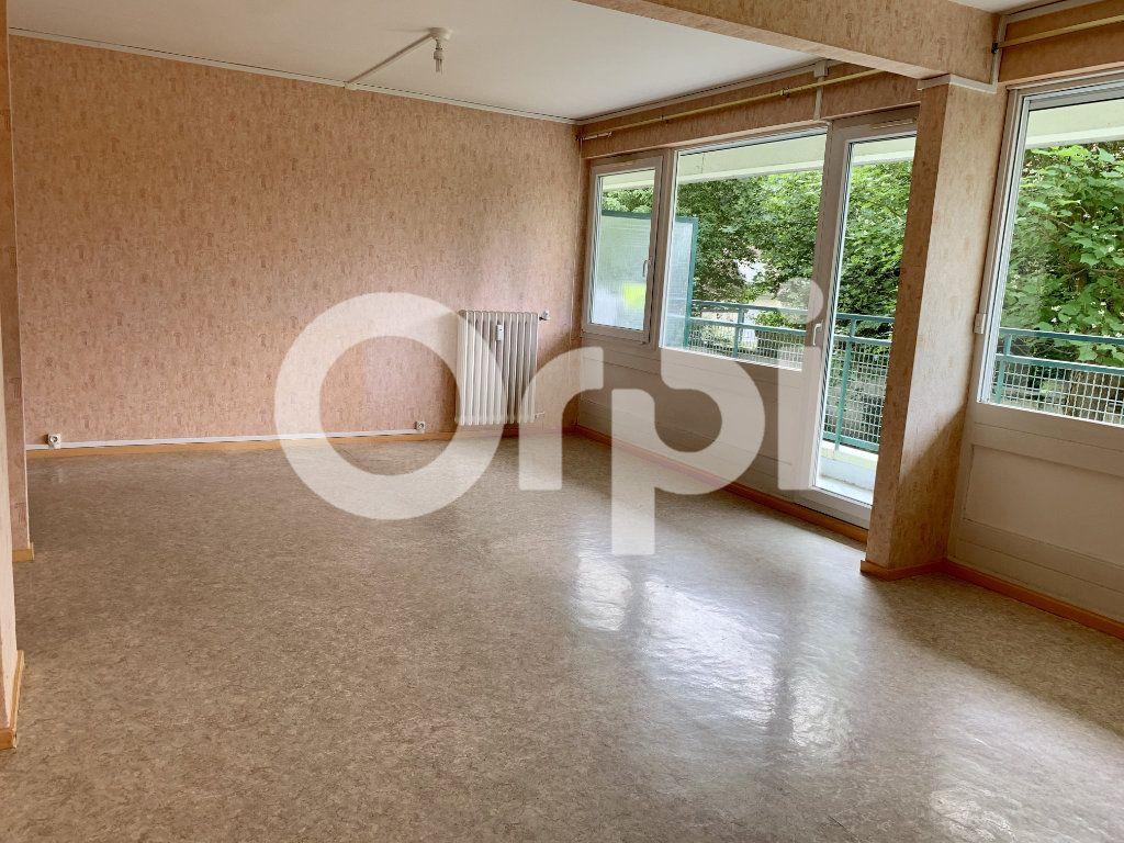 Appartement à louer 5 120m2 à Soissons vignette-2