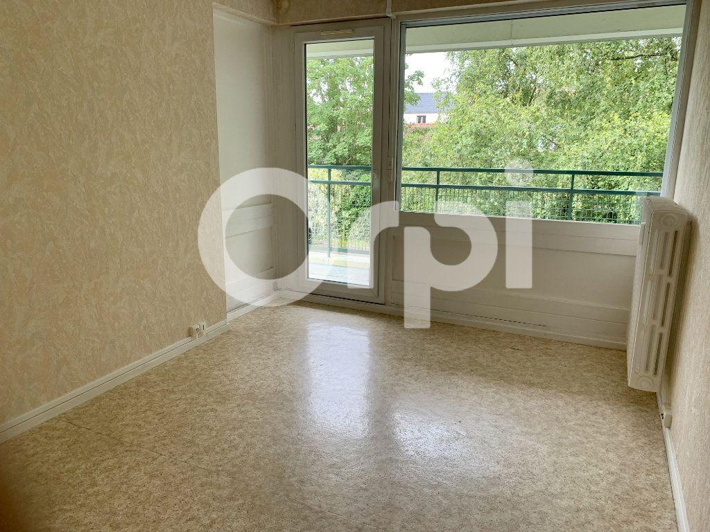 Appartement à louer 5 120m2 à Soissons vignette-3