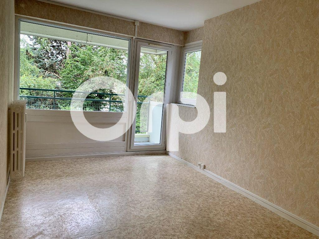 Appartement à louer 5 120m2 à Soissons vignette-5