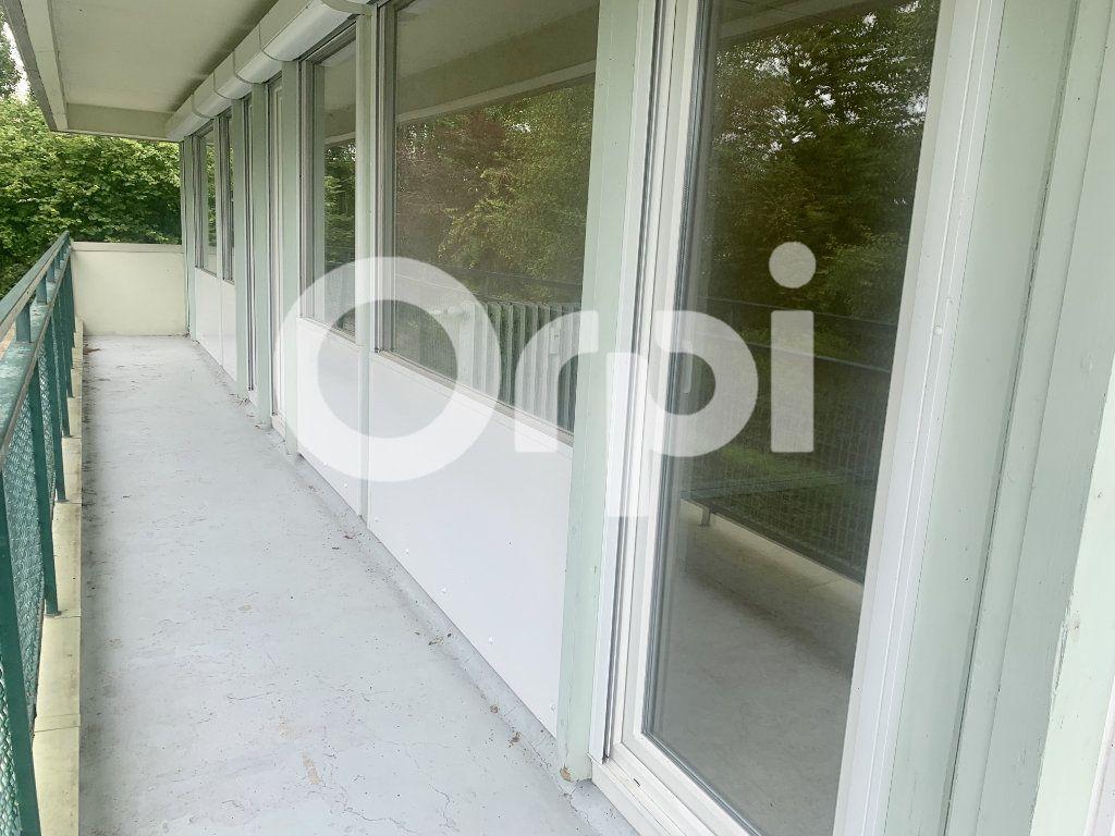 Appartement à louer 5 120m2 à Soissons vignette-6