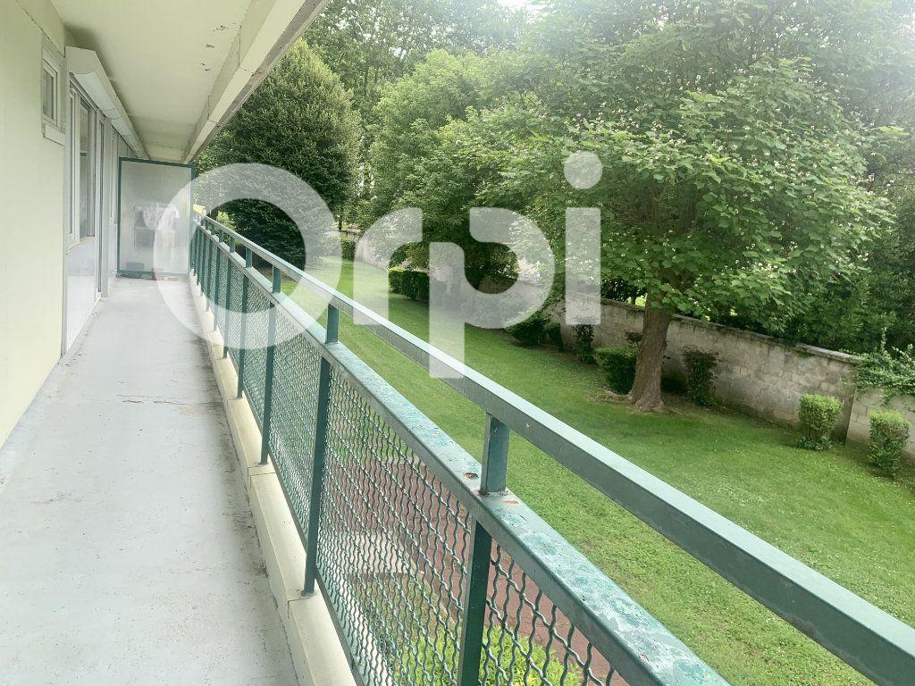 Appartement à louer 5 120m2 à Soissons vignette-7