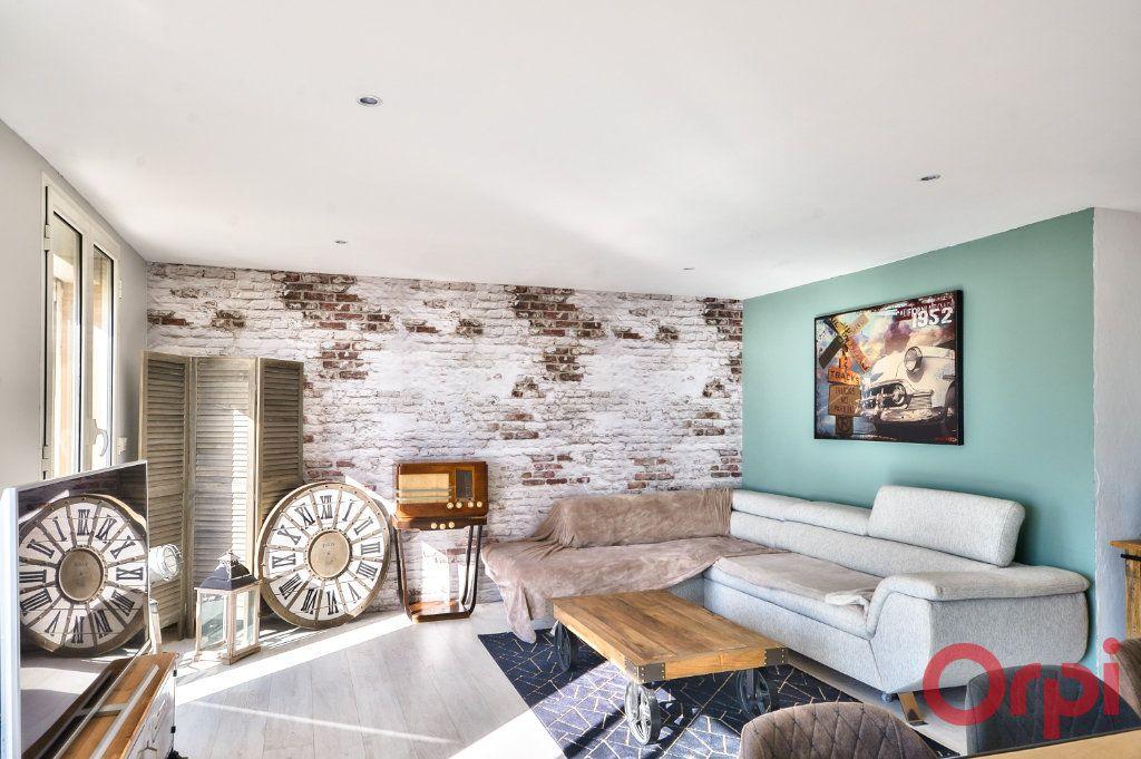 Appartement à vendre 4 70m2 à Port-de-Bouc vignette-4