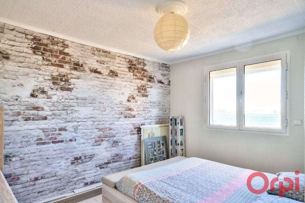 Appartement à vendre 4 70m2 à Port-de-Bouc vignette-6