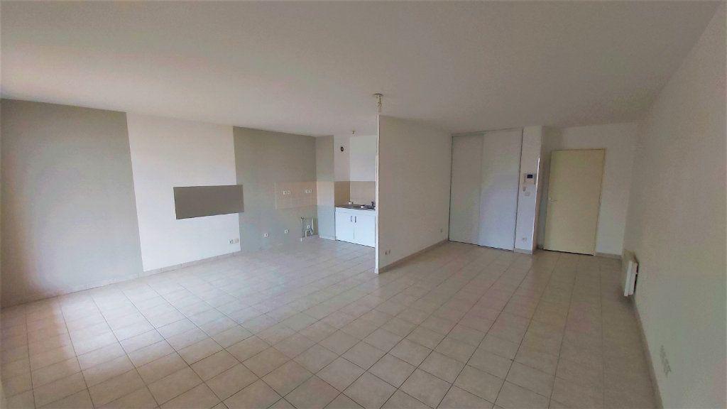 Appartement à vendre 3 74.68m2 à Martigues vignette-1
