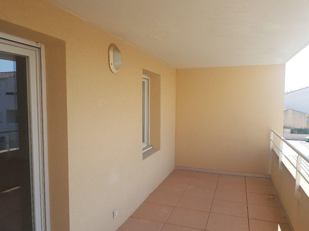 Appartement à vendre 3 74.68m2 à Martigues vignette-6