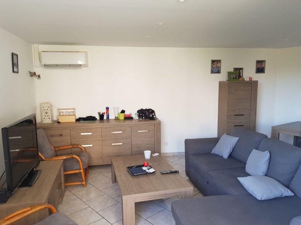 Appartement à vendre 4 87.55m2 à Martigues vignette-2