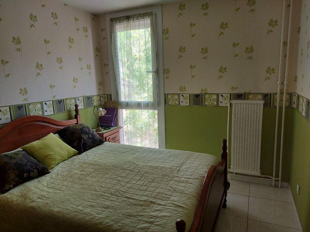 Appartement à vendre 4 95m2 à Martigues vignette-4
