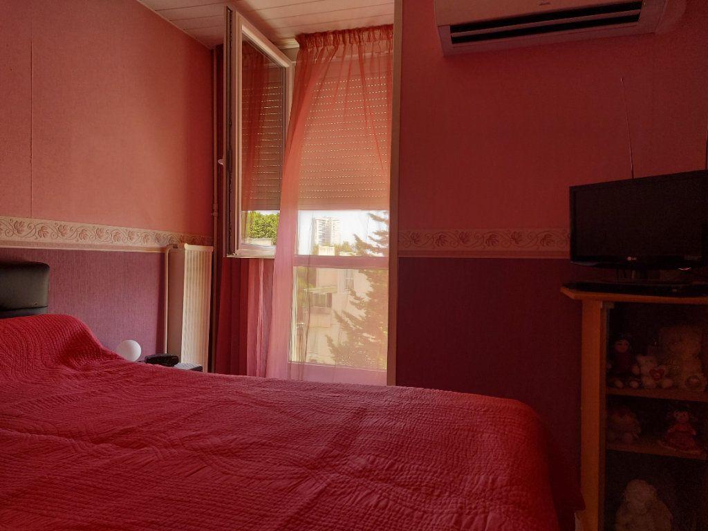 Appartement à vendre 4 95m2 à Martigues vignette-5