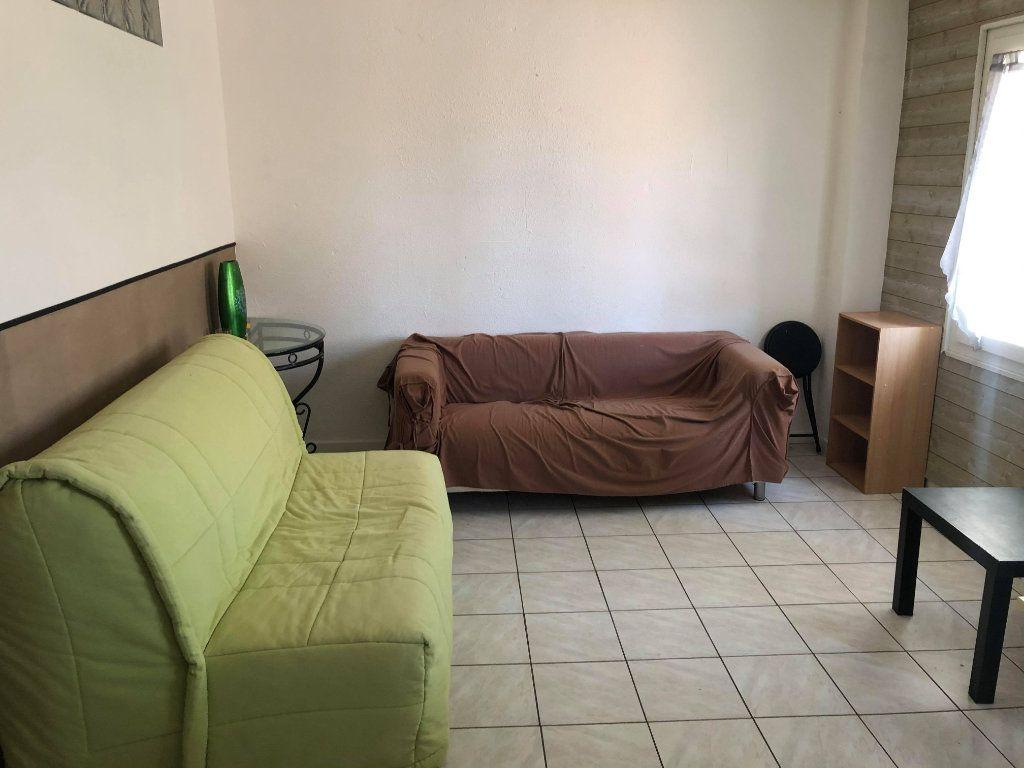 Appartement à louer 2 39m2 à Martigues vignette-2