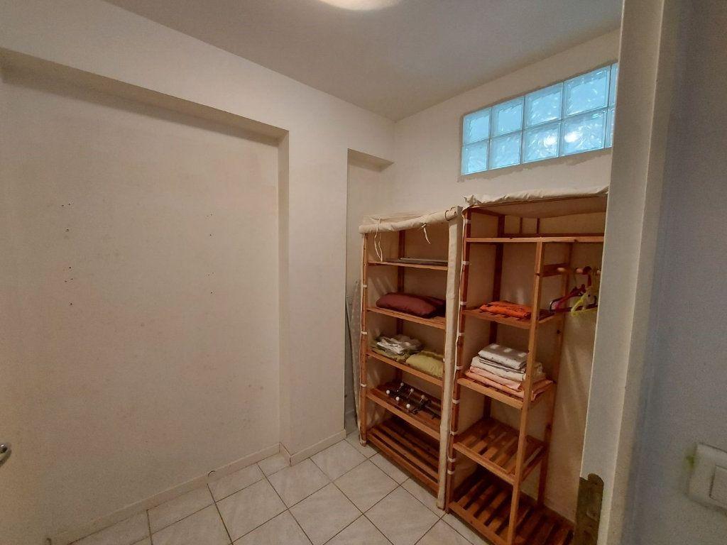Appartement à louer 2 39m2 à Martigues vignette-3