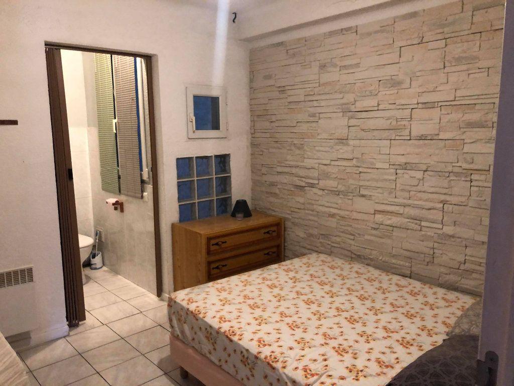 Appartement à louer 2 39m2 à Martigues vignette-4