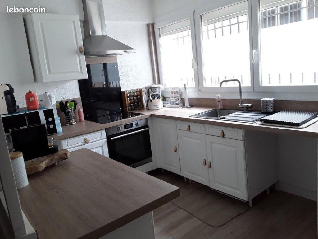 Maison à vendre 4 82m2 à Port-de-Bouc vignette-2