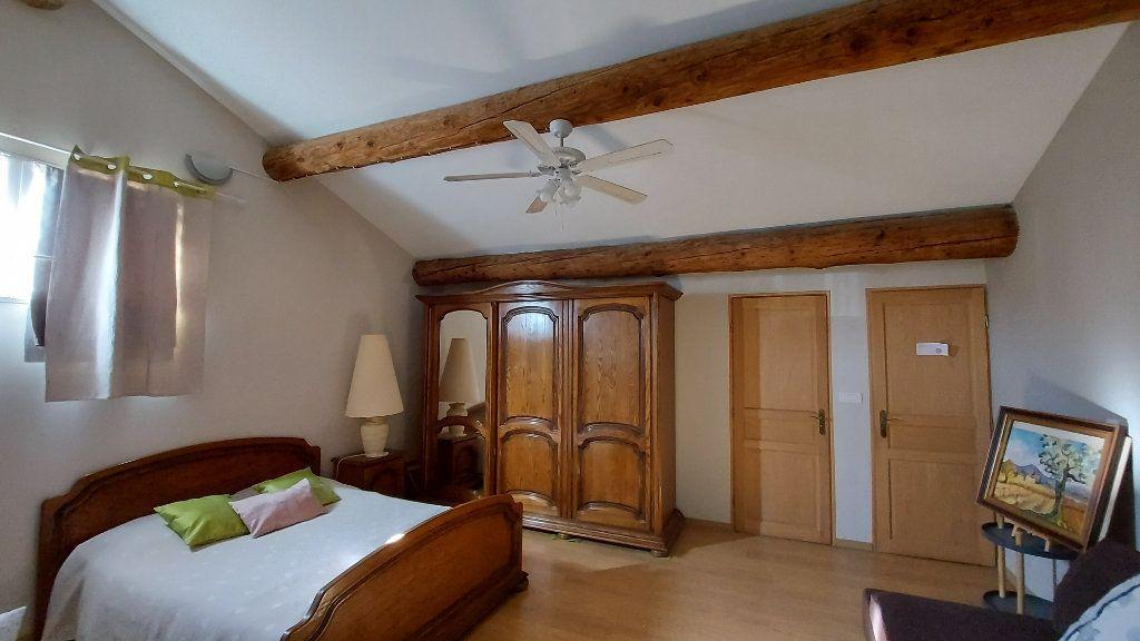 Maison à vendre 6 200m2 à Saint-Mitre-les-Remparts vignette-8