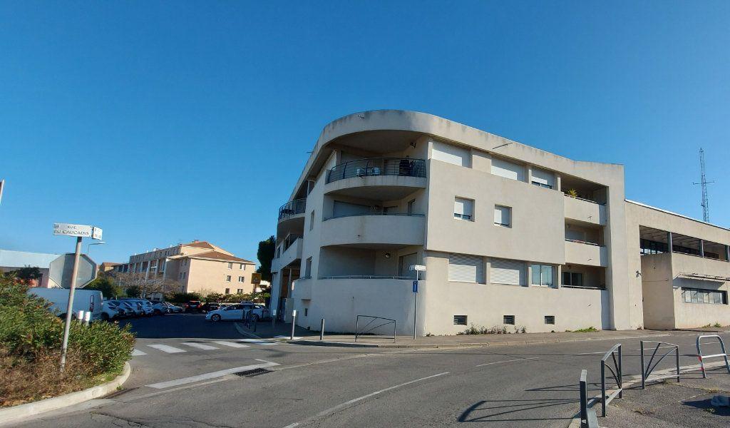Appartement à vendre 2 31.7m2 à Istres vignette-1