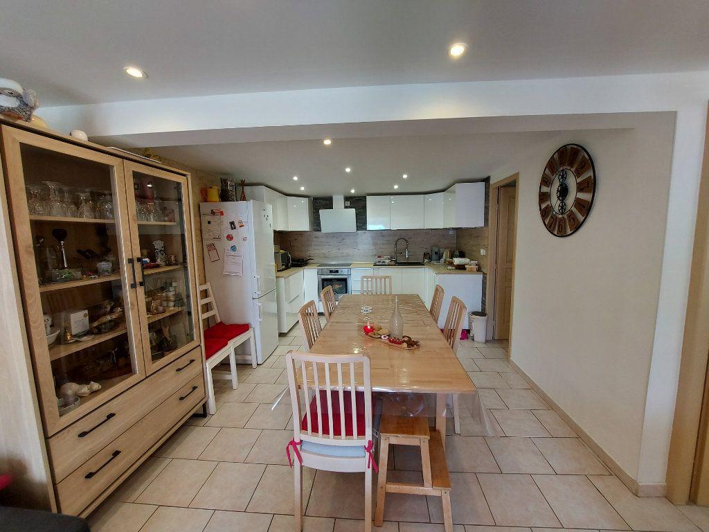 Appartement à vendre 2 53m2 à Fos-sur-Mer vignette-2