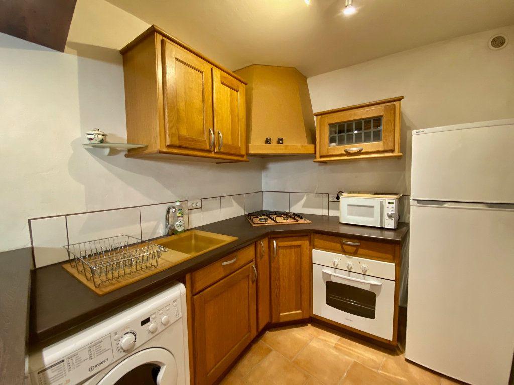 Appartement à louer 1 22.71m2 à Villeneuve-Loubet vignette-2