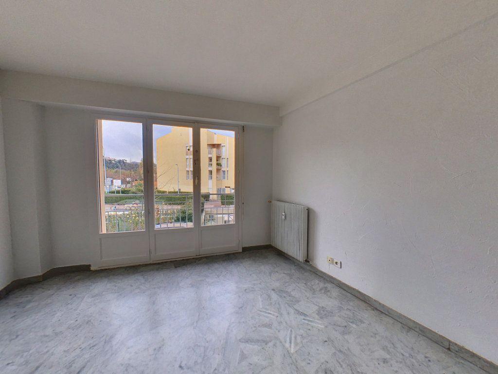 Appartement à louer 2 51.05m2 à Cagnes-sur-Mer vignette-2