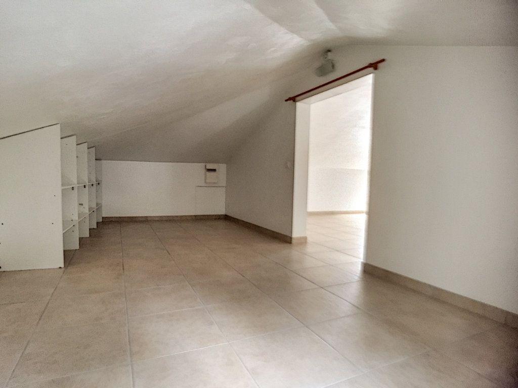 Appartement à louer 3 82.26m2 à Villeneuve-Loubet vignette-7