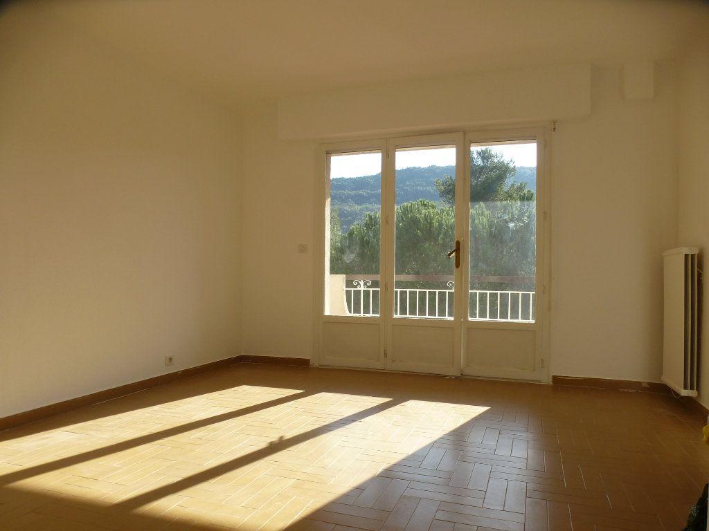 Appartement à louer 3 82.44m2 à Villeneuve-Loubet vignette-7