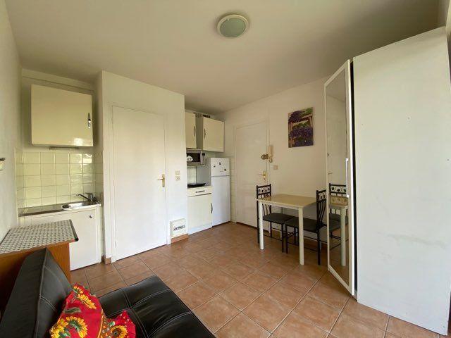 Appartement à louer 1 14.89m2 à Cagnes-sur-Mer vignette-1