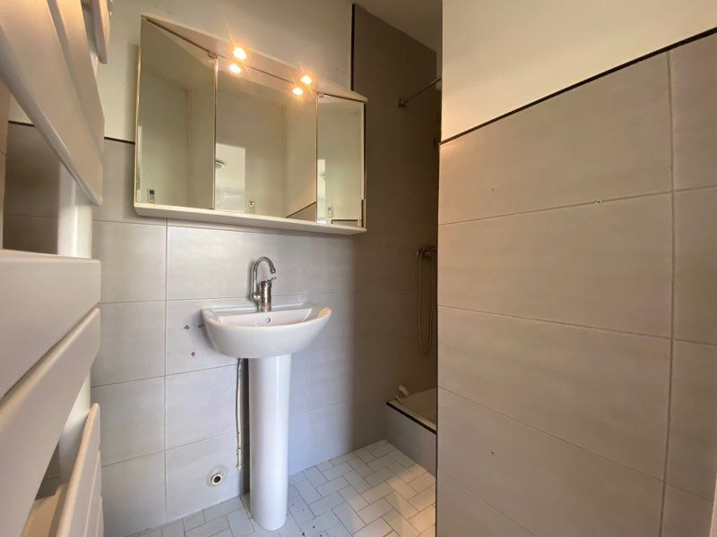 Appartement à louer 1 14.89m2 à Cagnes-sur-Mer vignette-3