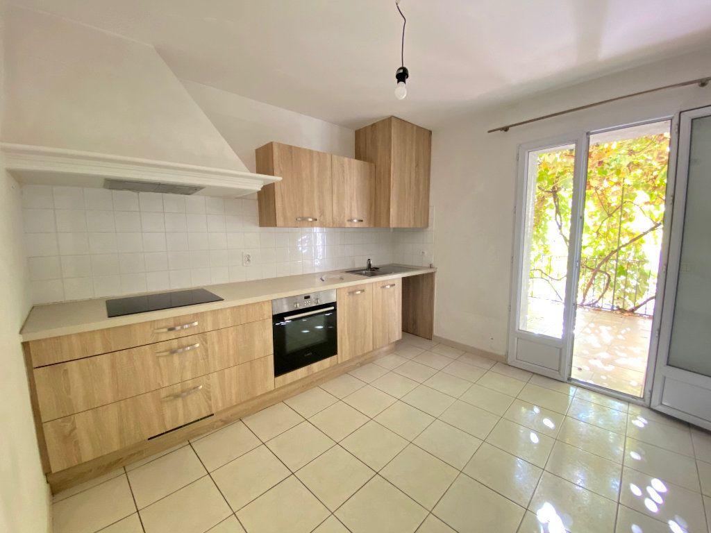 Appartement à louer 2 33.5m2 à Villeneuve-Loubet vignette-3
