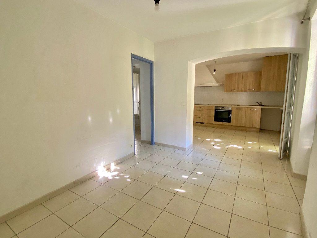Appartement à louer 2 33.5m2 à Villeneuve-Loubet vignette-5