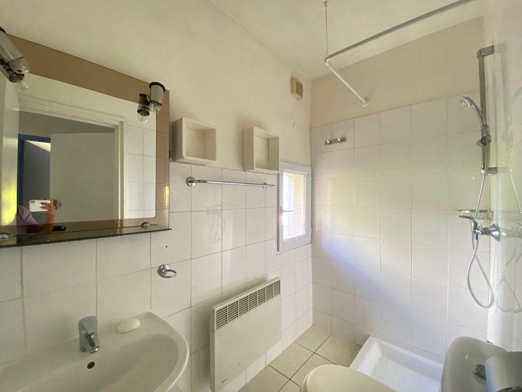 Appartement à louer 2 33.5m2 à Villeneuve-Loubet vignette-7