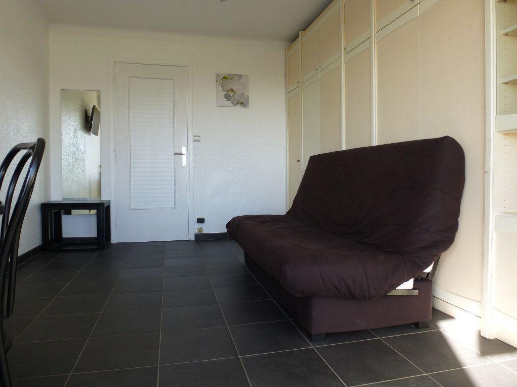 Appartement à louer 1 21.49m2 à Villeneuve-Loubet vignette-2