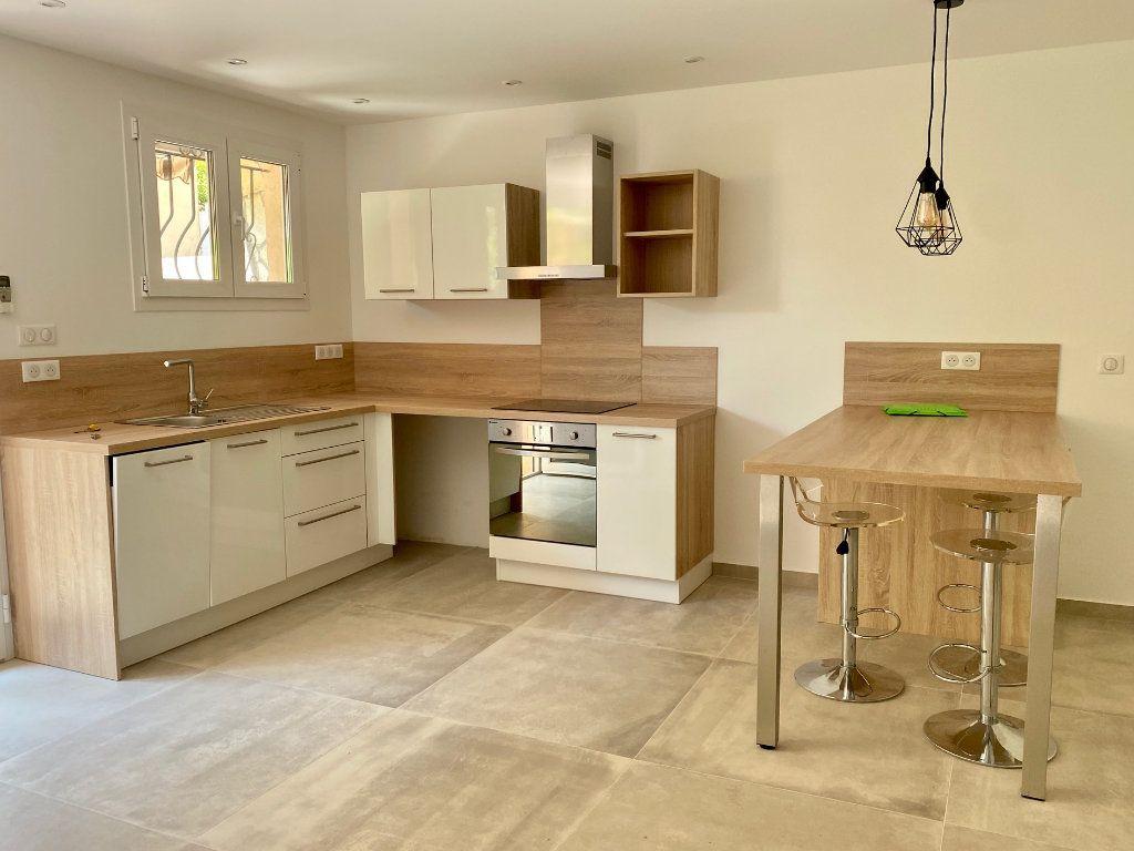 Appartement à louer 1 29.34m2 à Villeneuve-Loubet vignette-4